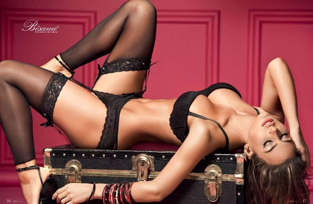 Natalia Velez – Sexy Fotos Besame 2011 Foto 12