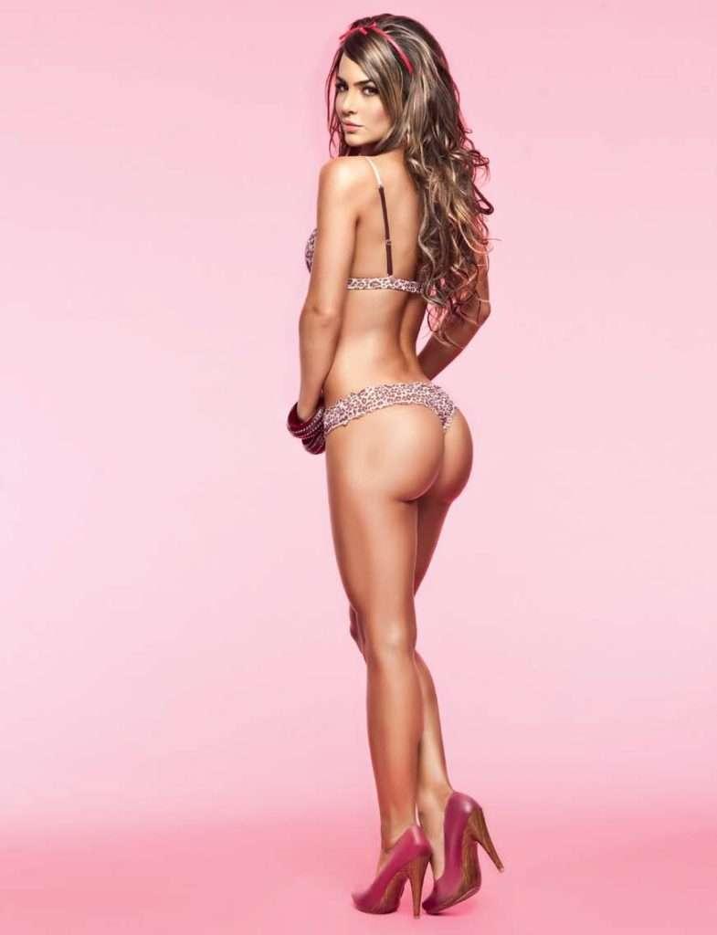 Natalia Velez – Sexy Fotos Besame 2011 Foto 25