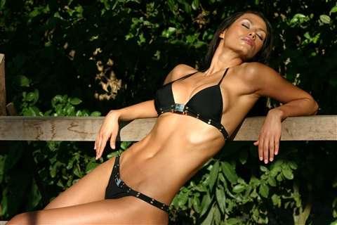 Renata Gonzalez Fotos En Bikini Negro Foto 8